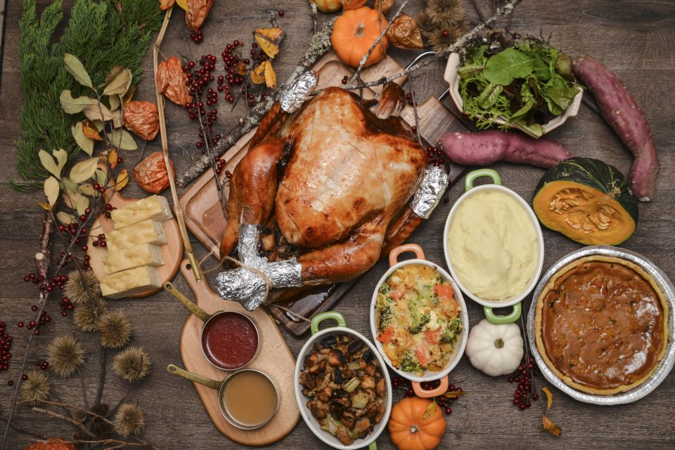 Roasted Turkey for Thanksgiving and Christmas is available at Lucadeli! サンクスギビングのローストターキーはルカデリケータリングに御任せください!
