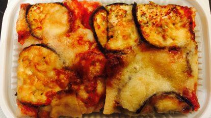 Zucchini and Eggplants Pizza